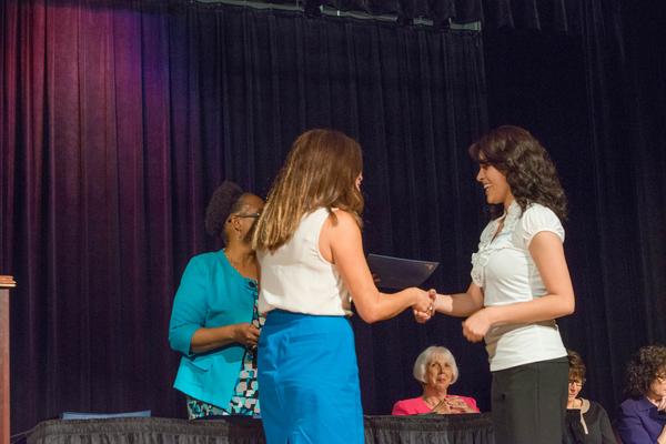 eamd-2015-aef-scholarships-7768