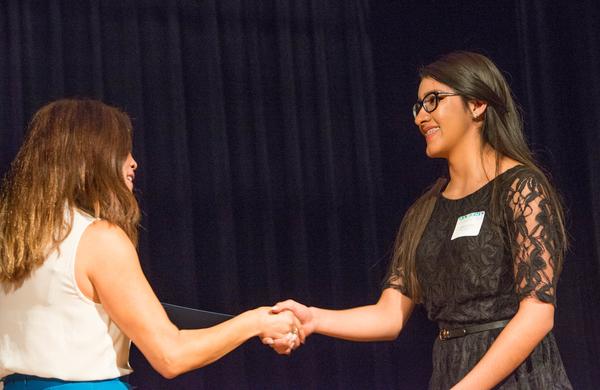 eamd-2015-aef-scholarships-7797